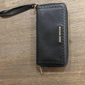 Michael Kors Black Leather Continental Wristlet